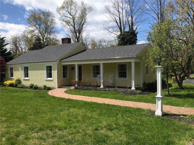 [Stony Brook Real Estate, listing number 3110793]