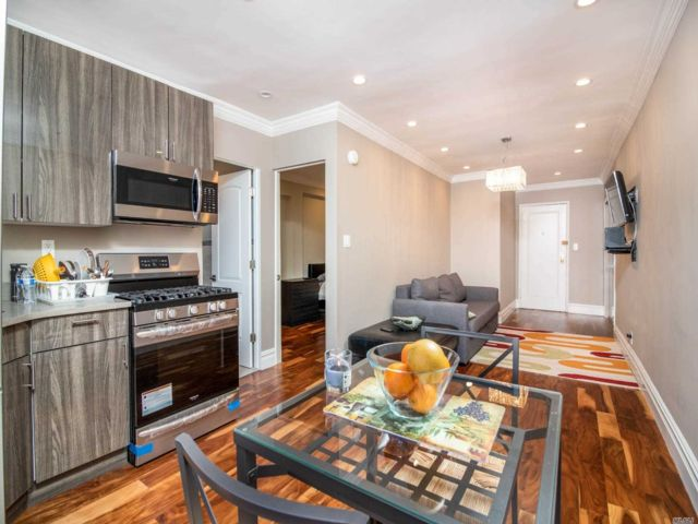 [Jackson Heights Real Estate, listing number 3111142]