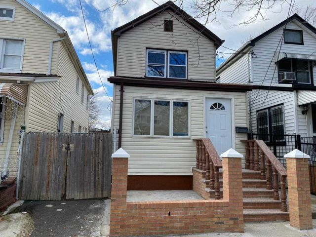 3 BR,  3.00 BTH Other style home in South Ozone Park