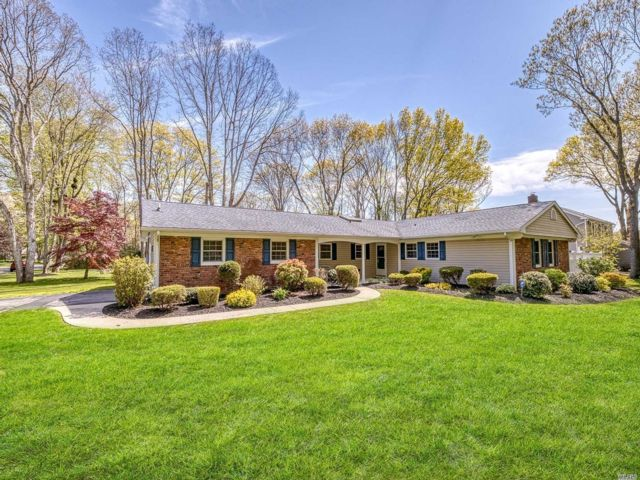 [Stony Brook Real Estate, listing number 3111257]
