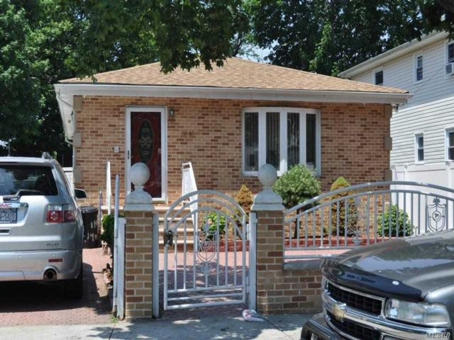 3 BR,  1.00 BTH Ranch style home in Springfield Gardens