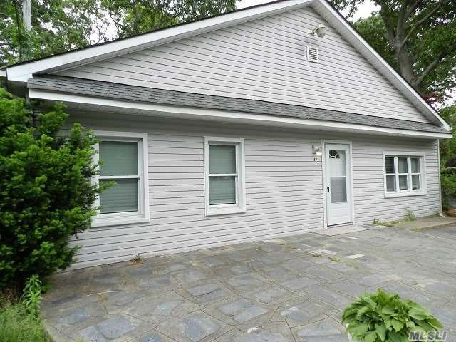 2 BR,  1.00 BTH Ranch style home in Selden