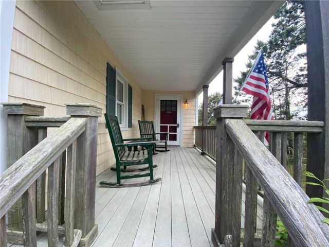 2 BR,  1.00 BTH  Ranch style home in Southold