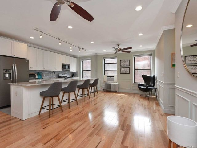 2 BR,  1.00 BTH Mid rise style home in Bay Ridge