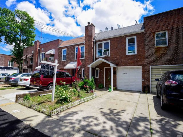 3 BR,  2.00 BTH Townhouse style home in South Ozone Park