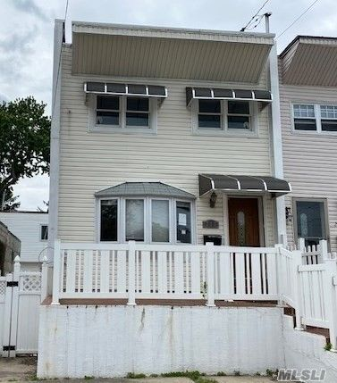 [Throggs Neck Real Estate, listing number 3112684]