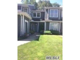 [Commack Real Estate, listing number 3112700]