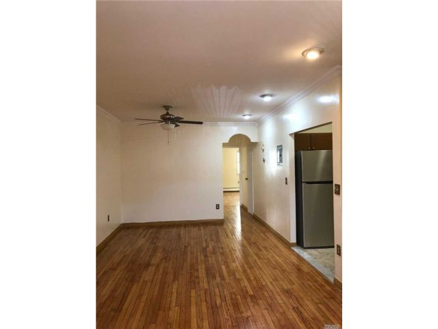 3 BR,  2.00 BTH 2 story style home in Bushwick