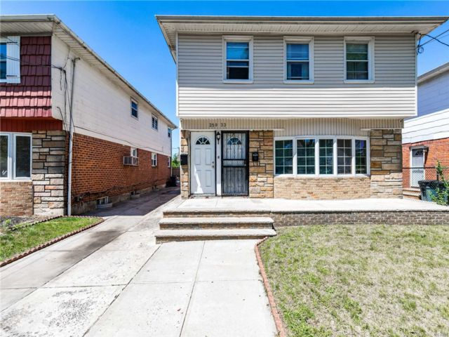 6 BR,  3.00 BTH Hi ranch style home in Rosedale