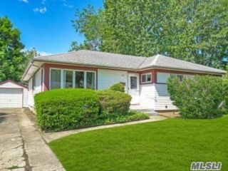 [East Meadow Real Estate, listing number 3113089]