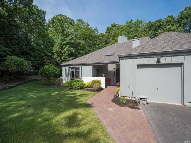 3 BR,  2.00 BTH Other style home in Port Jefferson