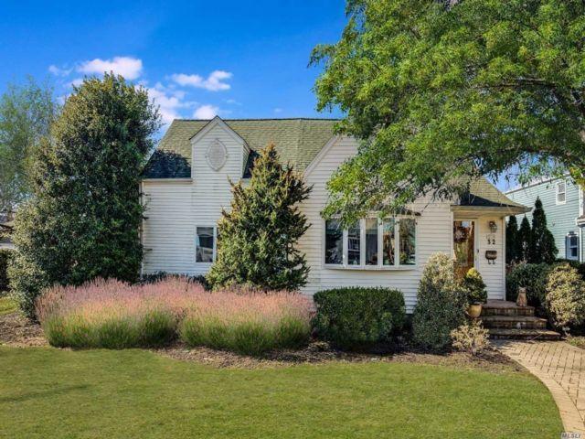 [Merrick Real Estate, listing number 3113261]