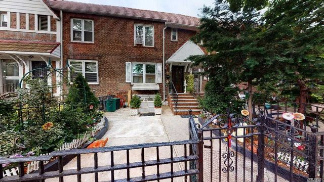 [Jackson Heights Real Estate, listing number 3113612]