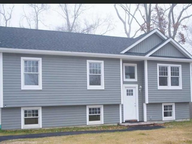 3 BR,  2.00 BTH  Raised ranch style home in Mastic Beach