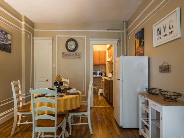 1 BR,  1.00 BTH Apt in bldg style home in Crown Heights
