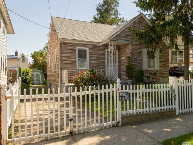 2 BR,  1.00 BTH  Cape style home in South Ozone Park