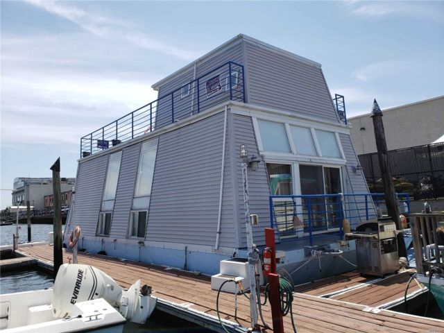 3 BR,  2.00 BTH  Houseboat style home in Howard Beach