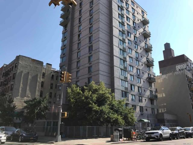 2 BR,  2.00 BTH High rise style home in NYC - Greenwich Village