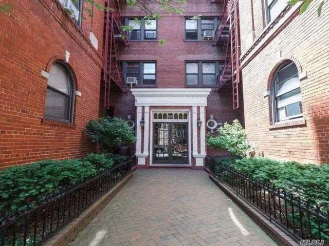 [Jackson Heights Real Estate, listing number 3114159]