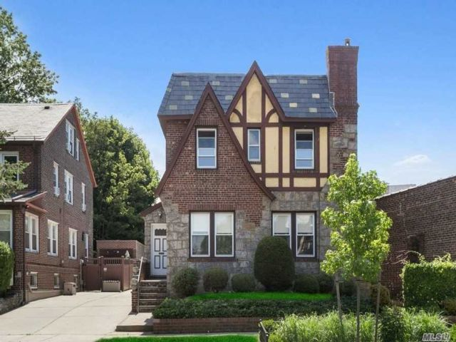 6 BR,  3.00 BTH Tudor style home in Forest Hills