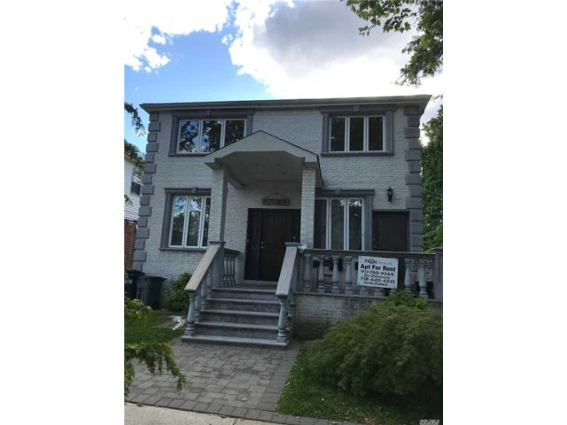 3 BR,  2.00 BTH Apt in house style home in Fresh Meadows