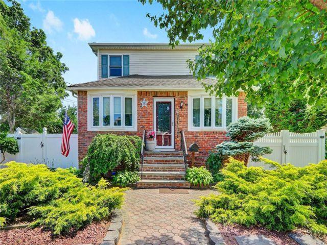 [Farmingdale Real Estate, listing number 3114513]