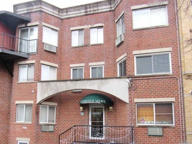 1 BR,  1.00 BTH  Condo style home in Ridgewood