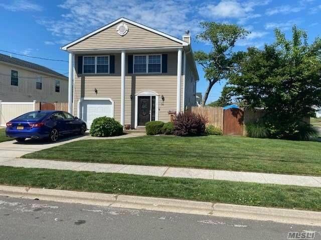 [Lindenhurst Real Estate, listing number 3114644]