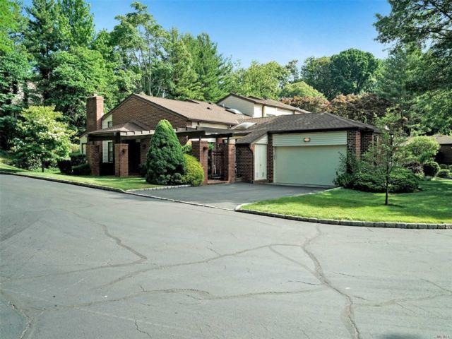 [Manhasset Real Estate, listing number 3114662]