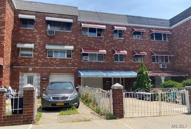 4 BR,  2.00 BTH  Other style home in Soundview