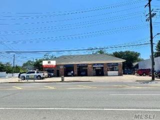 Studio,  0.00 BTH  Commercial style home in Oceanside