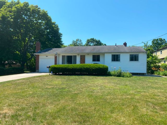 [Bay Shore Real Estate, listing number 3115564]