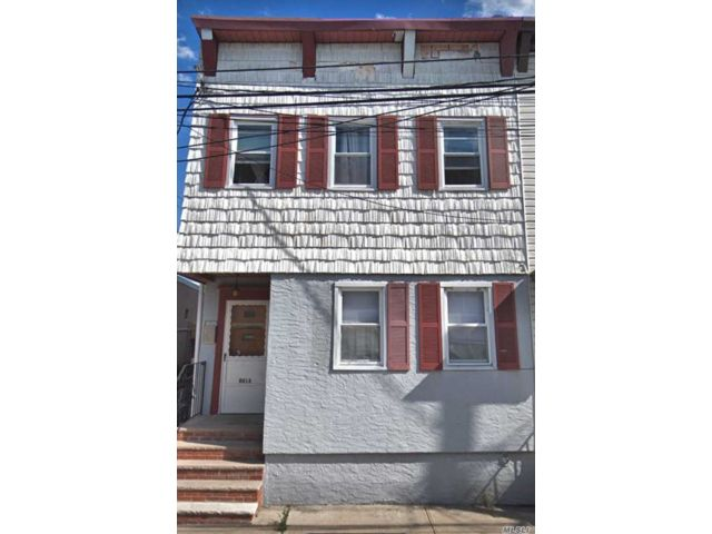 9 BR,  6.00 BTH  2 story style home in Ozone Park