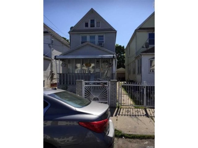 5 BR,  2.00 BTH  Colonial style home in South Ozone Park