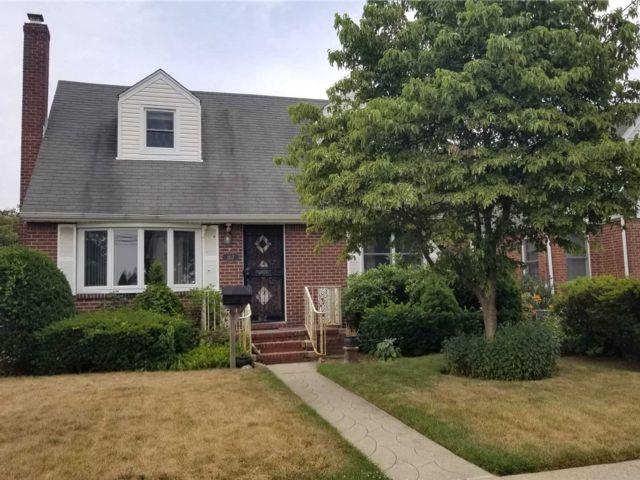 [Franklin Square Real Estate, listing number 3115913]