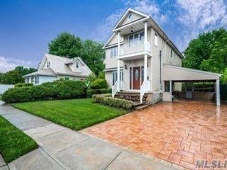 [Merrick Real Estate, listing number 3115944]