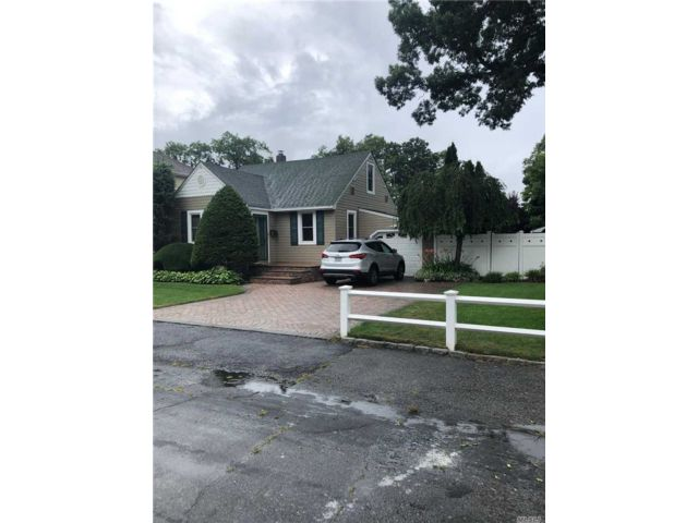 [West Babylon Real Estate, listing number 3116237]