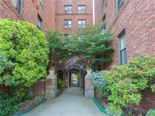 [Flushing Real Estate, listing number 3116251]