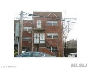 3 BR,  2.00 BTH  Other style home in Canarsie