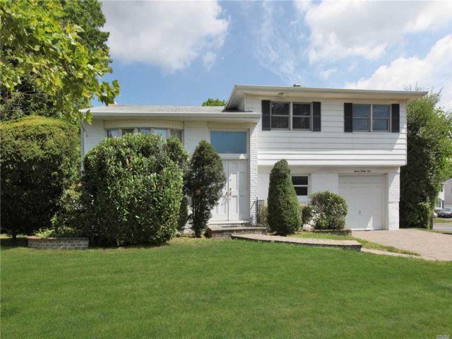 4 BR,  3.00 BTH Split level style home in Baldwin