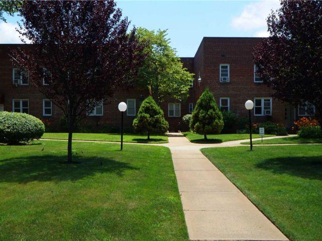 1 BR,  1.00 BTH Garden apartmen style home in Freeport