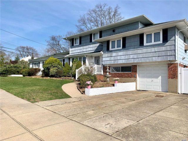 [Farmingdale Real Estate, listing number 3116470]