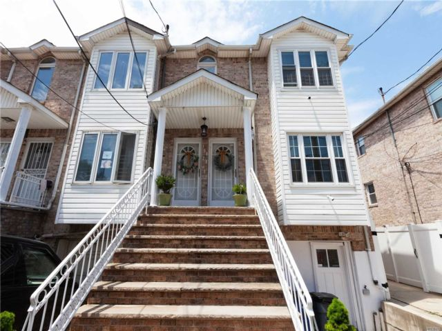 7 BR,  5.00 BTH Contemporary style home in Ozone Park