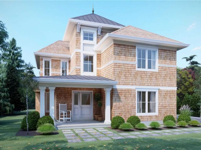 5 BR,  5.00 BTH Colonial style home in Westhampton