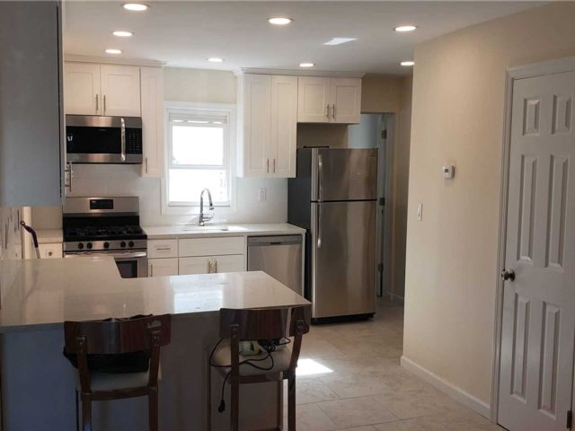2 BR,  1.00 BTH 2 story style home in Rockville Centre