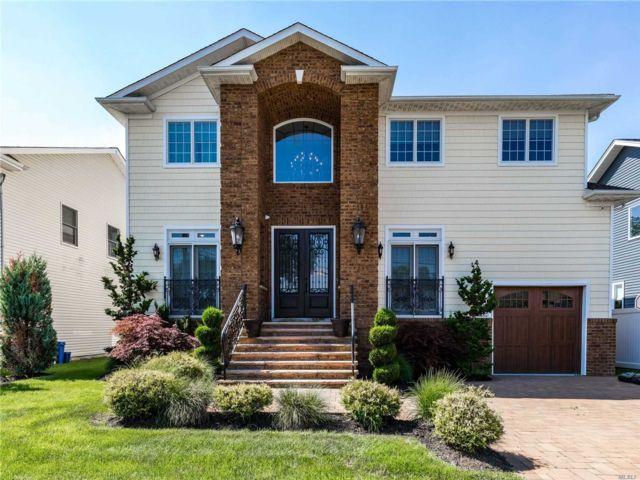 [Merrick Real Estate, listing number 3117121]