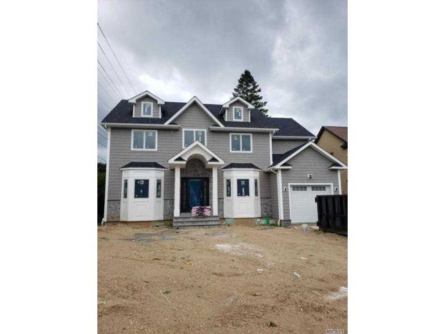 [Farmingdale Real Estate, listing number 3117317]