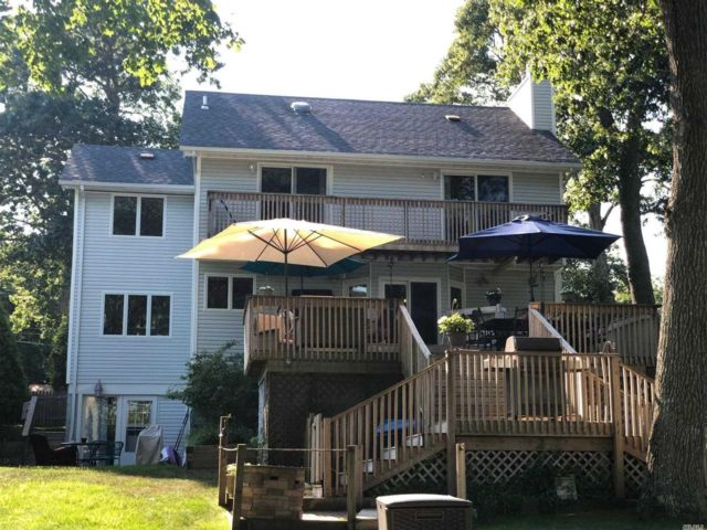 [Moriches Real Estate, listing number 3117416]