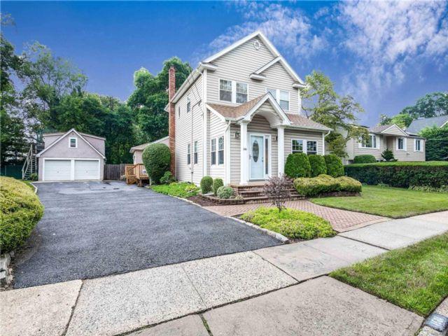 [Merrick Real Estate, listing number 3117470]