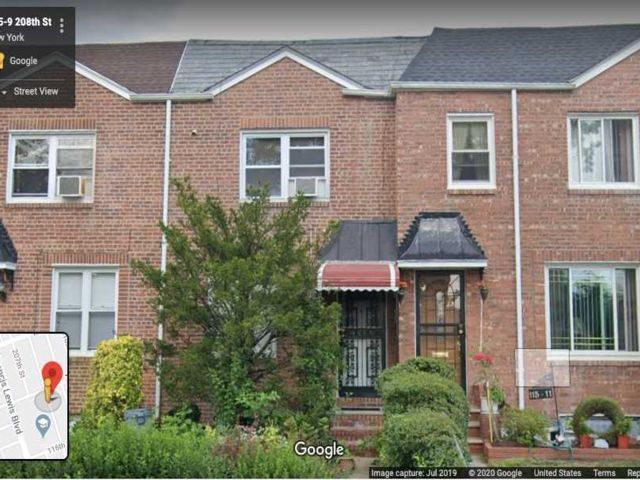2 BR,  2.00 BTH Townhouse style home in Cambria Heights